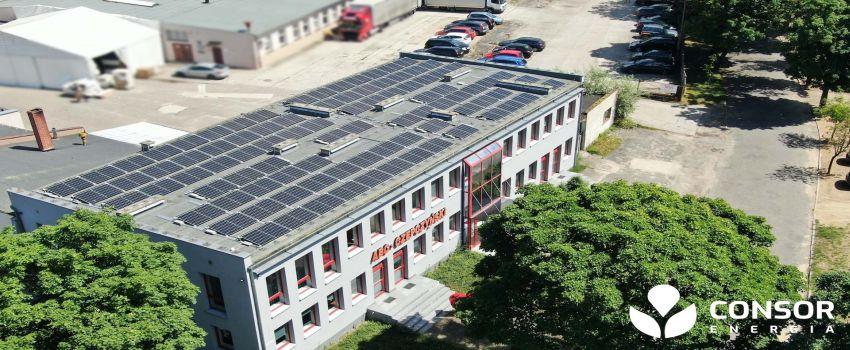 Instalacja fotowoltaiczna dla firmy 29,7 kWp 90 modułów